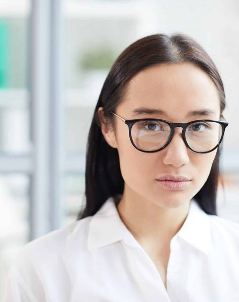 young-asian-woman-in-office-D7JNATT-min-scaled